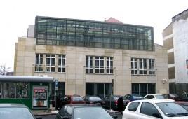 Corner Plaza