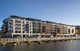 Waterlane Apartments