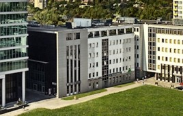 Gray Office Park C