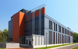 Miniaturka Akademickie Centrum Materiałów i Nanotechnologii AGH