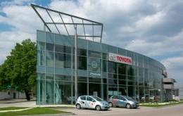 """Salon ASO Toyota """"Czajka-Auto"""""""