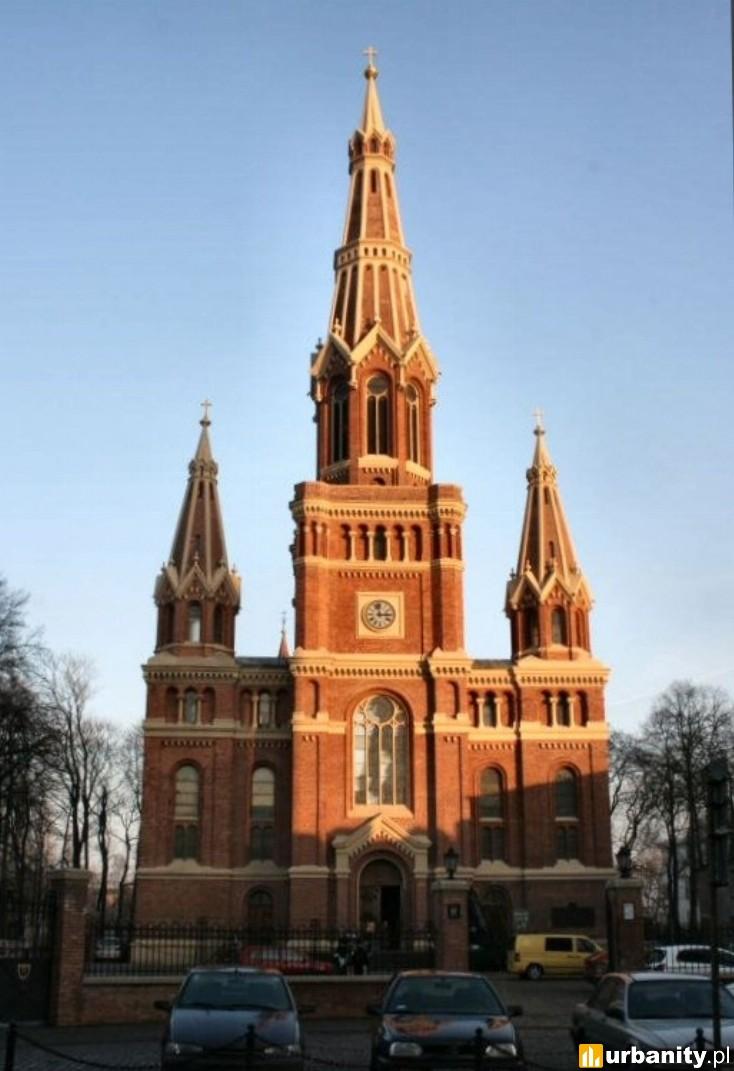 Miniaturka Kościół parafialny pw. Najświętszego Imienia Jezus