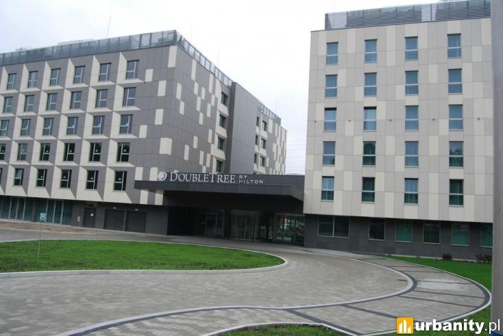 Miniaturka DoubleTree by Hilton Kraków Hotel & Convention Center oraz Hampton by Hilton Kraków