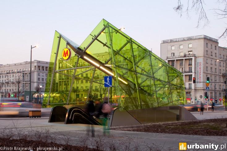 Miniaturka Stacja metra C-11 Świętokrzyska
