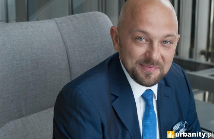 Artur Sutor, Partner, Dyrektor Działu Reprezentacji Najemców Biurowych w firmie Cresa Polska.