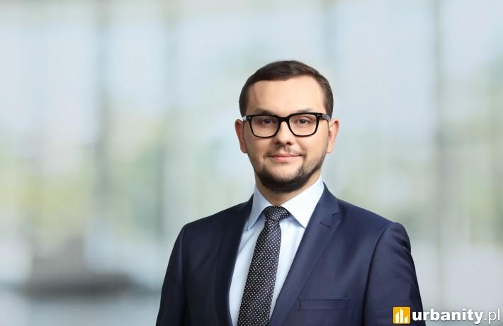 Kamil Kowa, członek zarządu i dyrektor działu Corporate Finance & Valuation w Savills Polska