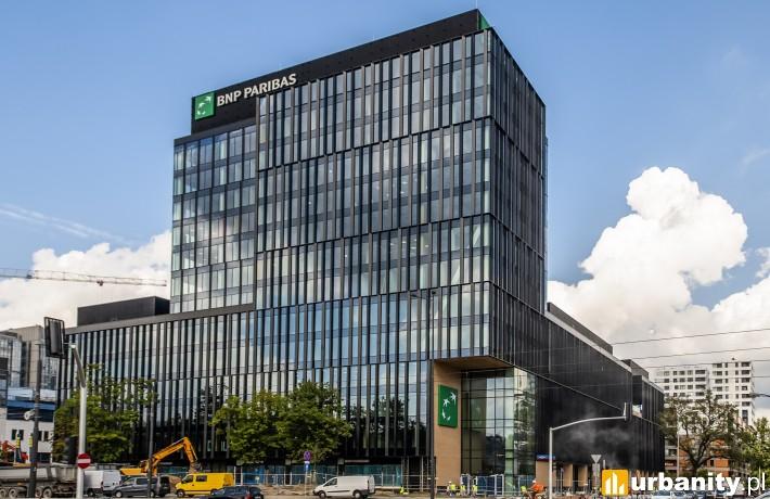 Gotowy biurowiec kompleksu LIXA w Warszawie