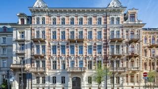 Jeden z najbardziej prestiżowych adresów w Warszawie. Mieszkańcy odbierają klucze do apartamentów
