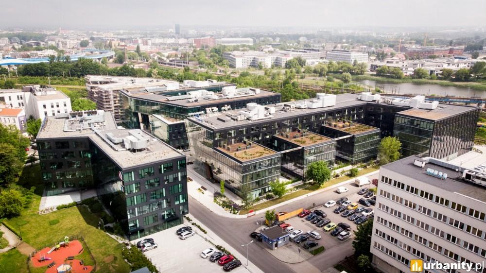 Cavatina sprzedaje biurowce w kompleksie Equal Business Park