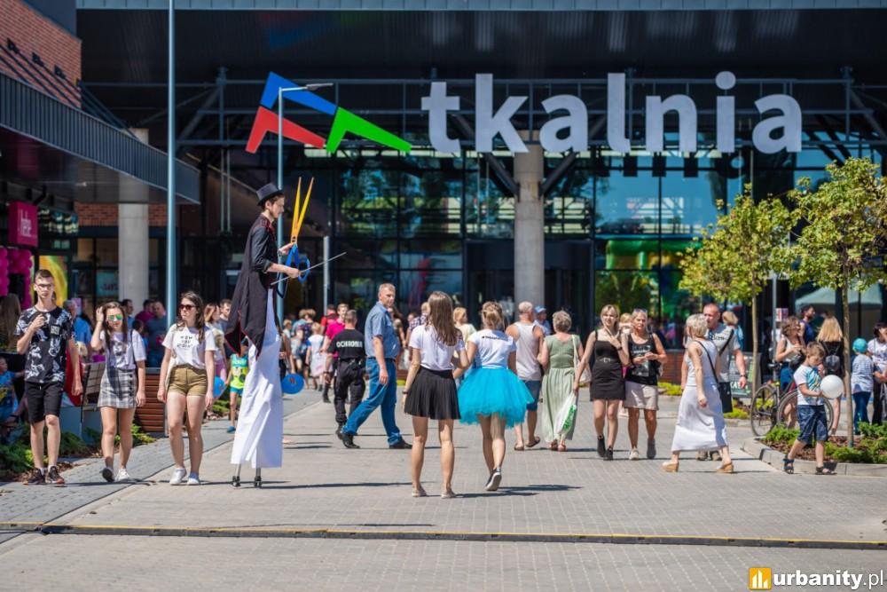 Tłumy na otwarciu Centrum Tkalnia w Pabianicach