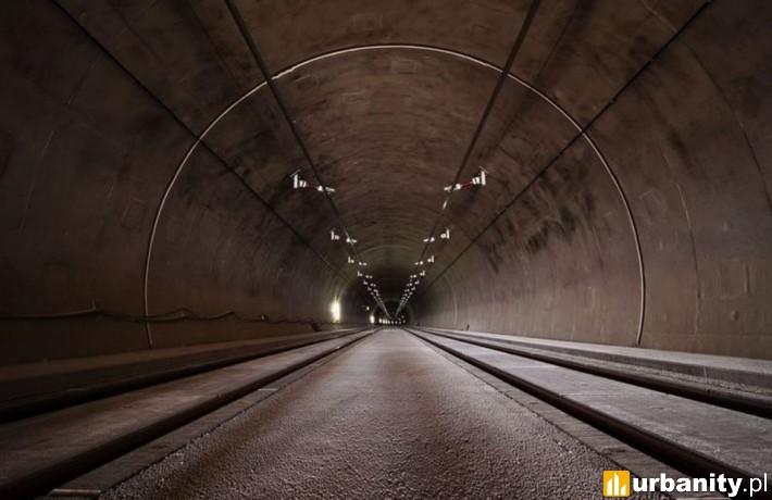W tunelu powstaną dwie stacje. Łódź Polesie zlokalizowana na tyłach Manufaktury oraz stacja Łódź Śródmieście