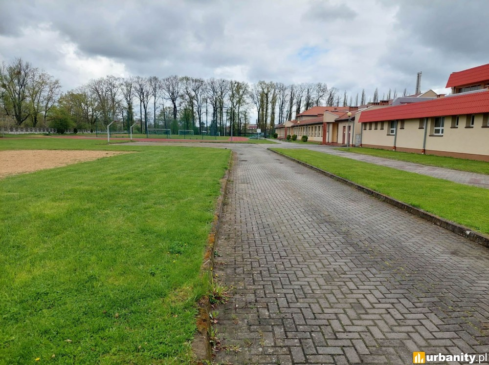Rozbudowa szkoły w Żmigrodzie wraz z budową basenu krytego