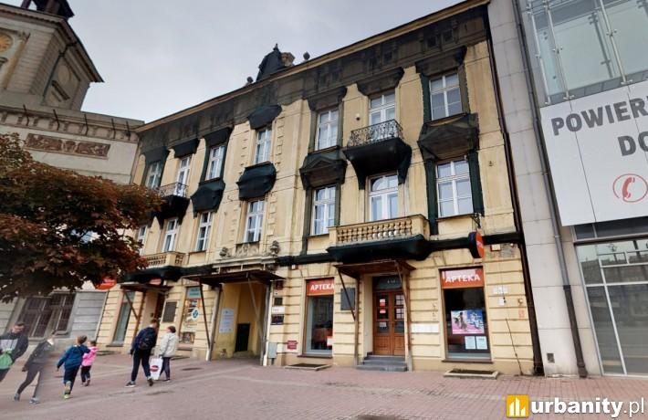 Tak obecnie wygląda kamienica na pl. Wolności 2 w Łodzi (fot. googlemaps)