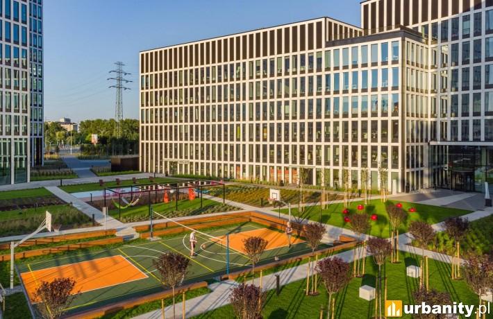 Face2Face Business Campus w Katowicach - dziedziniec