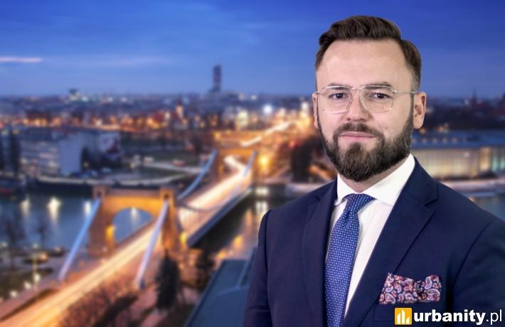 Michał Grabikowski, Dyrektor wrocławskiego biura Cresa Polska.