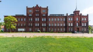 Budynek Dyrekcji na terenie Stoczni Cesarskiej w Gdańsku