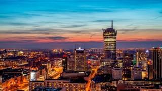 Warsaw Spire nocą