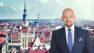 Artur Sutor, Partner, Dyrektor działu reprezentacji najemców biurowych w Cresa Polska.
