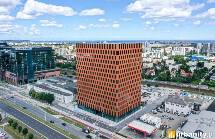 Pierwszy biurowiec kompleksu Wave w Gdańsku