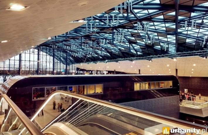 Wnętrza dworca Łódź Fabryczna (fot. kkk123)