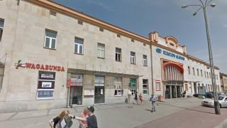 Tak obecnie wygląda dworzec Rzeszów Główny (fot. googlemaps)