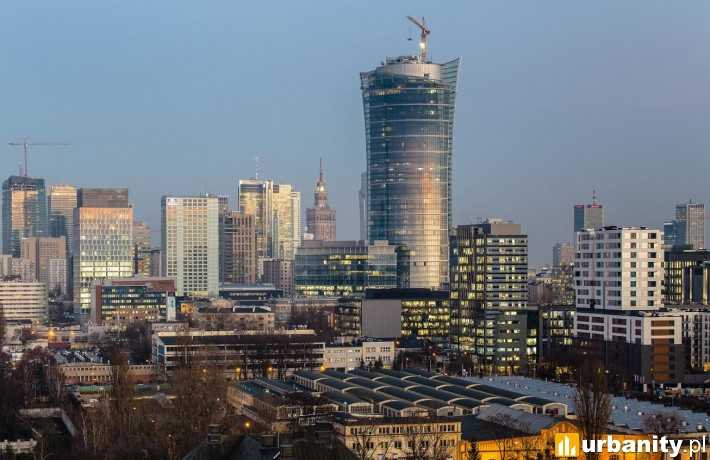 Będący na ukończeniu wieżowiec Warsaw Spire