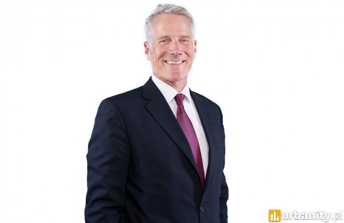 Mike Atwell, Dyrektor Działu Rynków Kapitałowych w Czechach i Europie Środkowo-Wschodniej, JLL