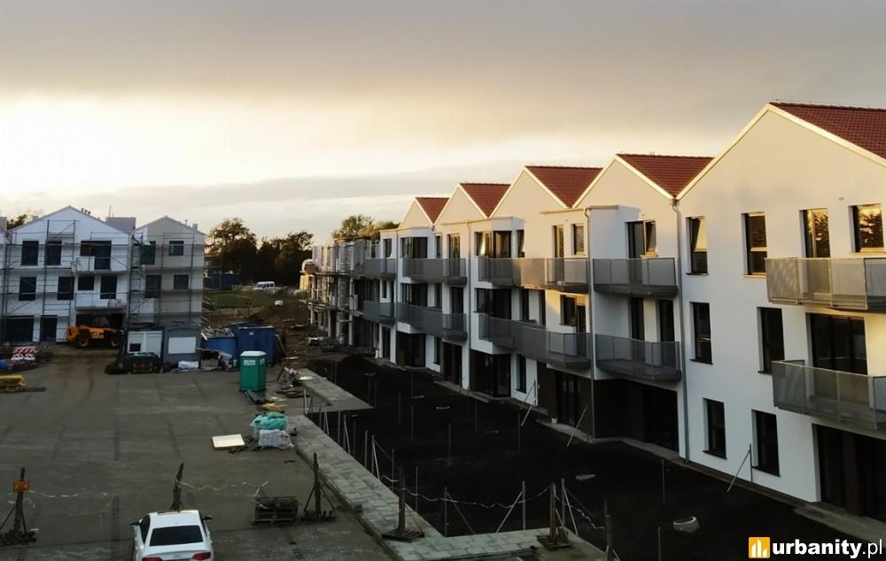 Budowa podpoznańskiego osiedla Nowa Murowana na półmetku