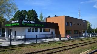 Dworzec w Poraju otwarty dla podróżnych