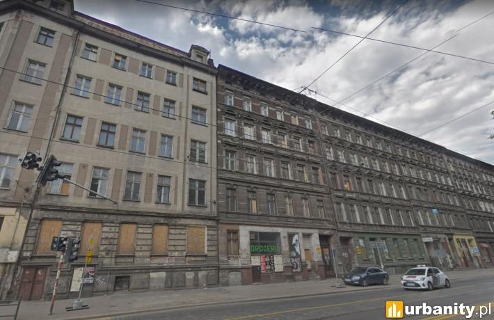 Kamienice przy Pułaskiego (fot. googlemaps)