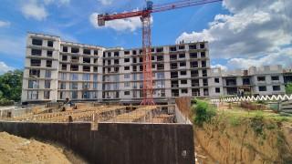 Nadchodzi nowe – Reduta Nowe Podolany z kolejnym budynkiem