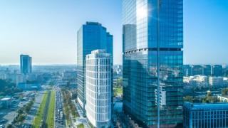 Ostatnie szlify wieżowca Skyliner w Warszawie. Zobacz wirtualny spacer po showroomie
