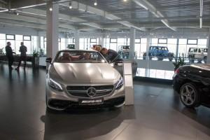 zdjęcie Salon samochodowy marki Mercedes-Benz