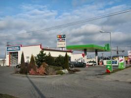 zdjęcie Stacja paliw Bliska