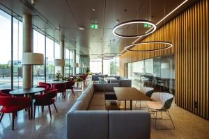 zdjęcie Restauracja przy biurowcu firmy Kaufland