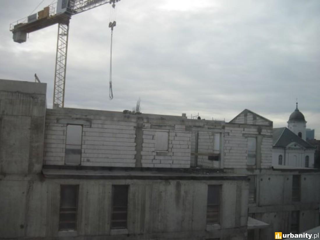 prace murowe oraz kolejne etapy montażu instalacji sanitarnej
