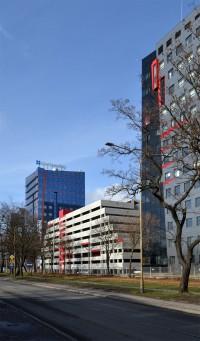 zdjęcie Millennium Towers - Garaż welopoziomowy