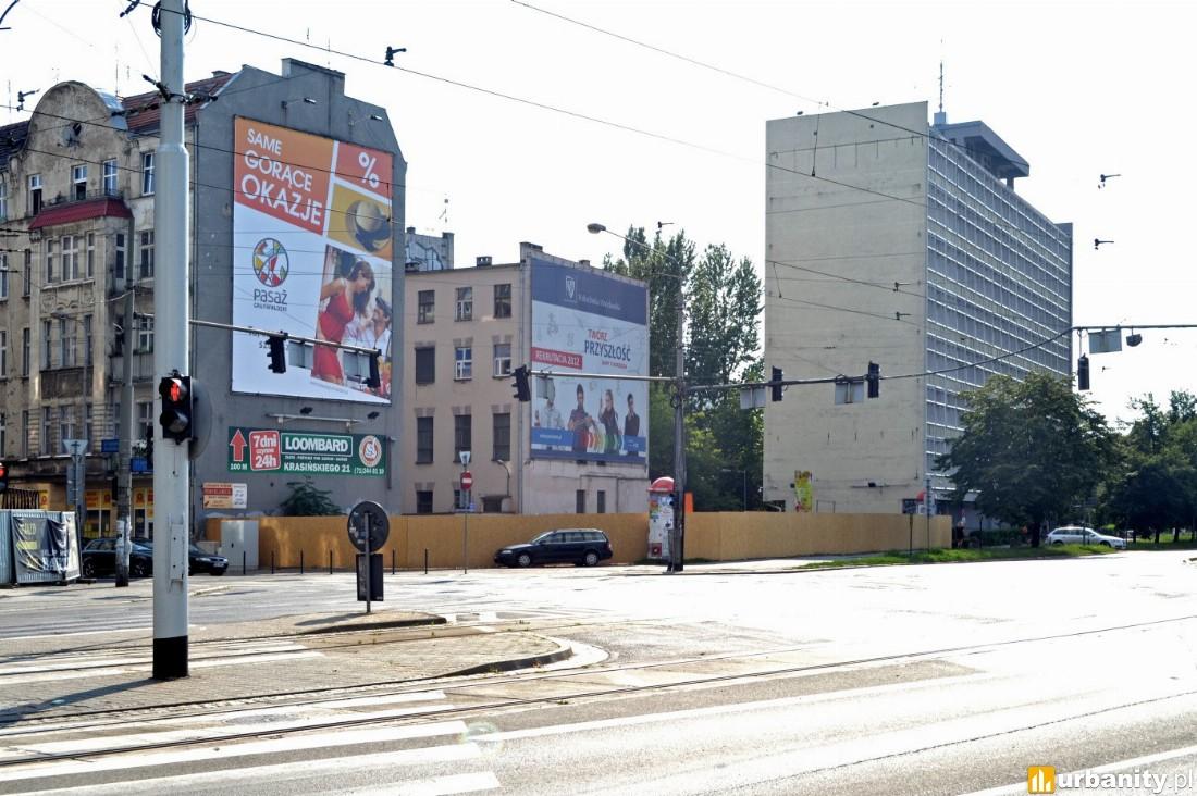 działka na której stanie budynek