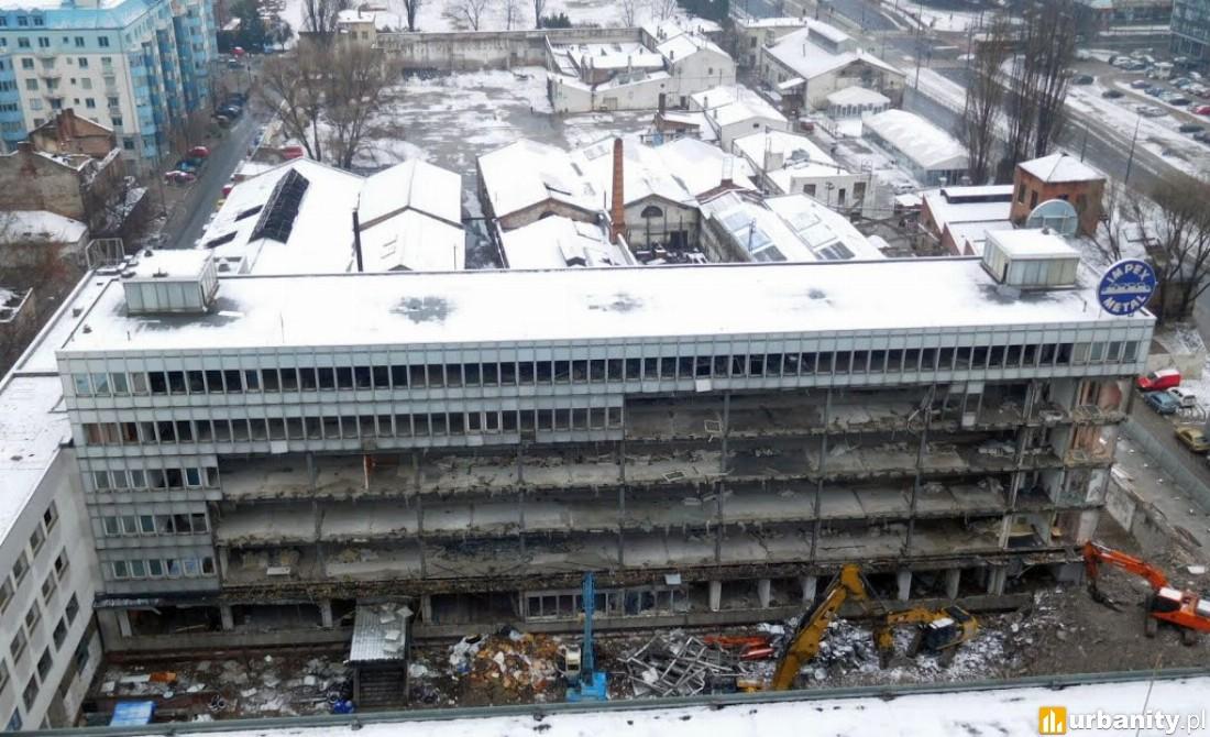 rozbiórka istniejących budynków pod inwestycję