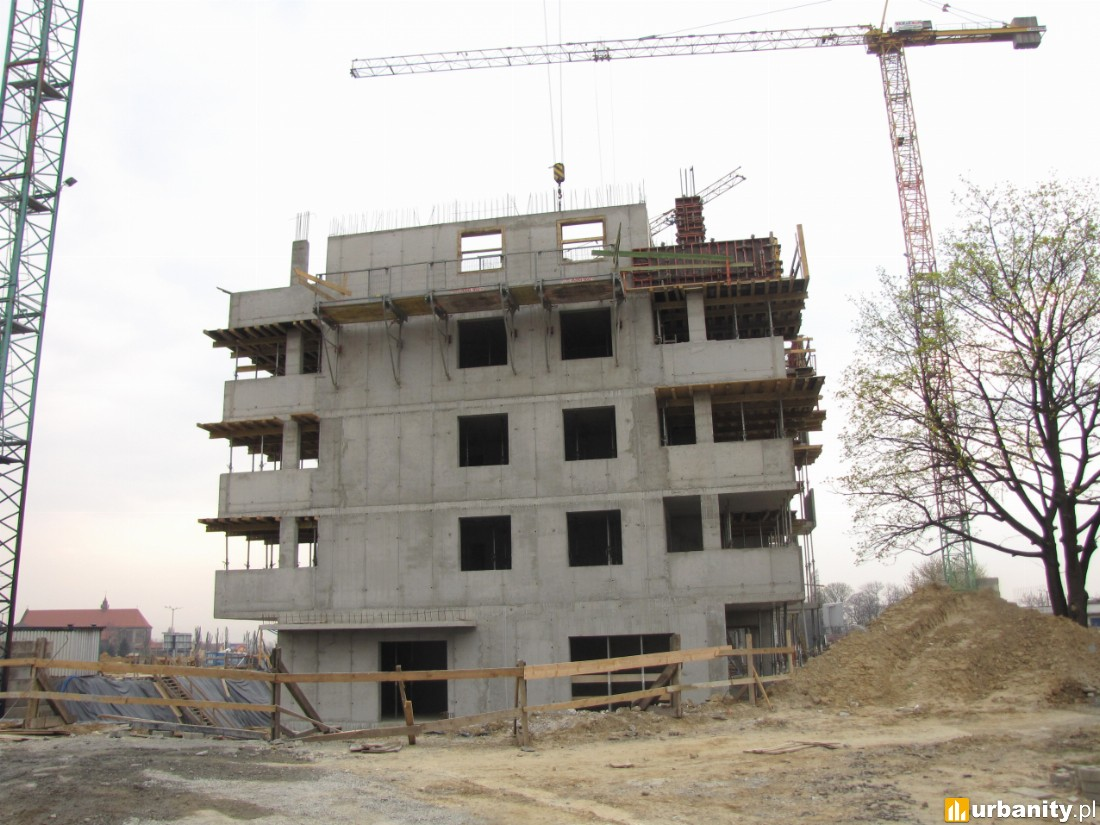 budowa piątej kondygnacji