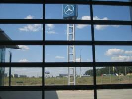 zdjęcie Salon Samochodowy Mercedes